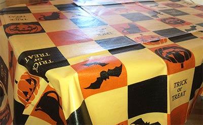 halloween_table_cross