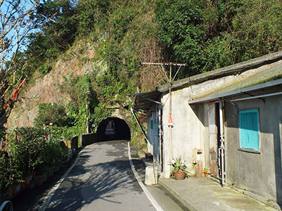 sentochihiro_tunnel_toward